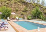 Location vacances Iznate - Four-Bedroom Holiday Home in Macharaviaya-4