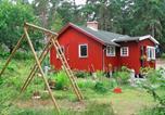 Hôtel Ekerö - One-Bedroom Holiday home in Stenhamra 1-2