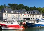 Hôtel Saint-Laurent-sur-Mer - ibis Bayeux Port en Bessin-1