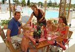 Camping avec Club enfants / Top famille Bessan - Domaine de la Dragonnière-2