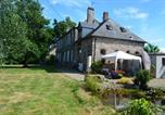 Hôtel Saint-Aubin-de-Terregatte - Les Jardins-1
