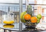 Location vacances Reading - Merrick House Apartments - Two Bedroom Balcony Apartments-3