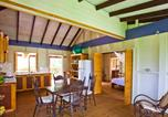 Location vacances  Dominique - The Cottage at Villa Passiflora-4