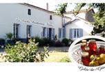 Hôtel Fénery - La Roche Parthenay Farm-3