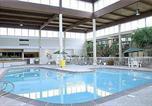 Hôtel Merriam - Ramada Overland Park-1