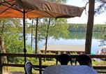 Location vacances Rheinsberg - Ferienhaeuser Dorf Zechlin See 7760-3