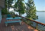 Location vacances Burlington - Oak Cabin at Garden Island-3