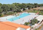 Camping avec Parc aquatique / toboggans Castelnau-de-Guers - Camping Le Maridor-1