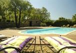Location vacances Rustrel - Entre Luberon et Mont Ventoux, avec piscine chauffée-2