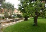 Hôtel Saint-Laurent-du-Var - Chambre d'hôtes Serenita di Giacometti-1