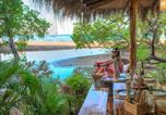 Camping Costa Rica - Ocho Artisan Bungalows-2