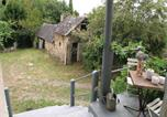 Location vacances Saint-Mexant - Studio Holiday Home in Sadroc-4