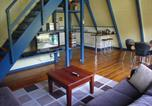 Location vacances Halls Gap - The A-Frame Chalet-2