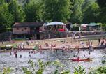 Camping en Bord de lac Beynat - Camping De la Plage-1