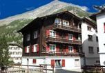 Location vacances Saas-Almagell - Apartment Enzian-1