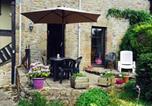 Location vacances Châtillon-sur-Colmont - Holiday Home Hirondelle-2