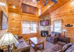 Location vacances Gatlinburg - Moonlight View- Two-Bedroom Cabin-1