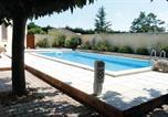Location vacances Pernes-les-Fontaines - Holiday Home La Ferme Aux Tortues-1