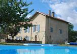 Location vacances Saint-Loubouer - Chambres d'Hôtes Larrey-3