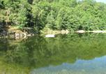 Camping en Bord de rivière Sainte-Sigolène - Camping Le Soleil Rouge-4