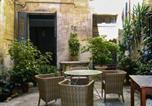 Location vacances Villeneuve-lès-Avignon - –Apartment Rue petite Saunerie-1