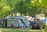 Camping avec Accès direct plage Antibes - Flower Camping Le Fréjus-2
