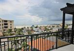 Location vacances St Pete Beach - Palms of Treasure Island 402-4