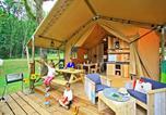 Camping avec Parc aquatique / toboggans Saint-Amand-de-Vergt - Castel Saint Avit Loisirs-4