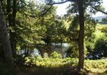 Camping avec Piscine couverte / chauffée Auvergne - Flower Camping Les Murmures du Lignon-1