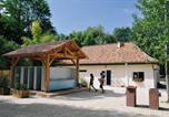 Camping avec Parc aquatique / toboggans Saint-Avit-de-Vialard - Camping de la Pélonie-2