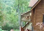 Location vacances Tryon - Bear Moon Lodge at Lake Lure-3