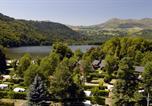 Camping en Bord de rivière Auvergne - Domaine du Lac de Chambon-2