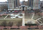 Location vacances Front Royal - Luxury Condo at Reston Town Center-2