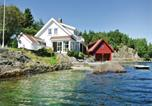 Location vacances Lillesand - Four-Bedroom Holiday Home in Hovar-3