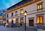 Hôtel Nová Role - Malé Versailles-3
