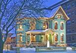 Hôtel Portage - Kalamazoo House Bed & Breakfast-2
