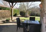 Location vacances Mouzon - Three-Bedroom Holiday Home in Massignac-3