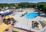 Camping avec Site nature Montfrin - Camping La Plage Fleurie-3