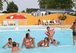 Camping avec Ambiance club Les Sables-d'Olonne - Camping Le Bel Air Château d'Olonne-2