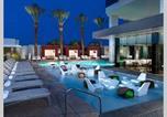 Hôtel Pahrump - Beautiful High Rise Condo with Strip Views 23rd Floor-1