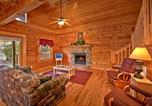 Location vacances Sevierville - A Mountain Paradise- Two-Bedroom Cabin-4