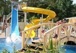 Camping avec Ambiance club Gastes - Camping Lou Pignada-1