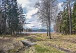 Location vacances Borås - One-Bedroom Holiday Home in Hillared-3