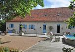 Location vacances Le Breuil - Domaine Les Barreaux Wellness-1