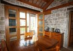Location vacances Tinjan - Two-Bedroom Holiday home in Muntrilj-4