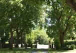 Location vacances Enval - Gites Le Vieux Vinzelles-4