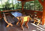 Location vacances Ryn - Domek Letniskowy Caprys 2-1