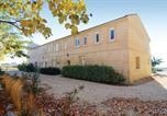 Location vacances Port-Saint-Louis-du-Rhône - Studio Apartment in Le Sambuc-1