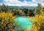 Location vacances Monteriggioni - Il Roseto:105880-11065-1