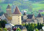 Location vacances Janaillat - Chateau Gite 2-3